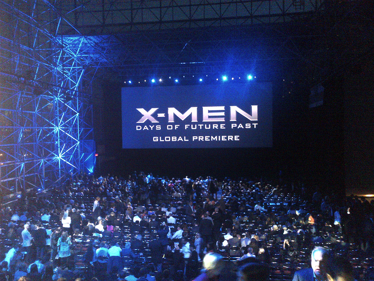 Attendees file in for the X-Men Days of Future Past (2014) global premiere in Manhattan, NY.